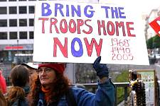 Troops_Home_2005.jpg