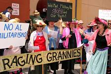 Raging_Grannies_4.jpg