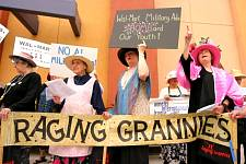 Raging_Grannies_7.jpg