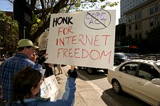 Honk_for_Internet_Freedom_1.jpg